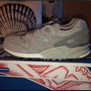 New Balance running shoe, brand new, size 11